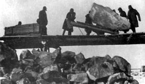 GULAG prisoners at work