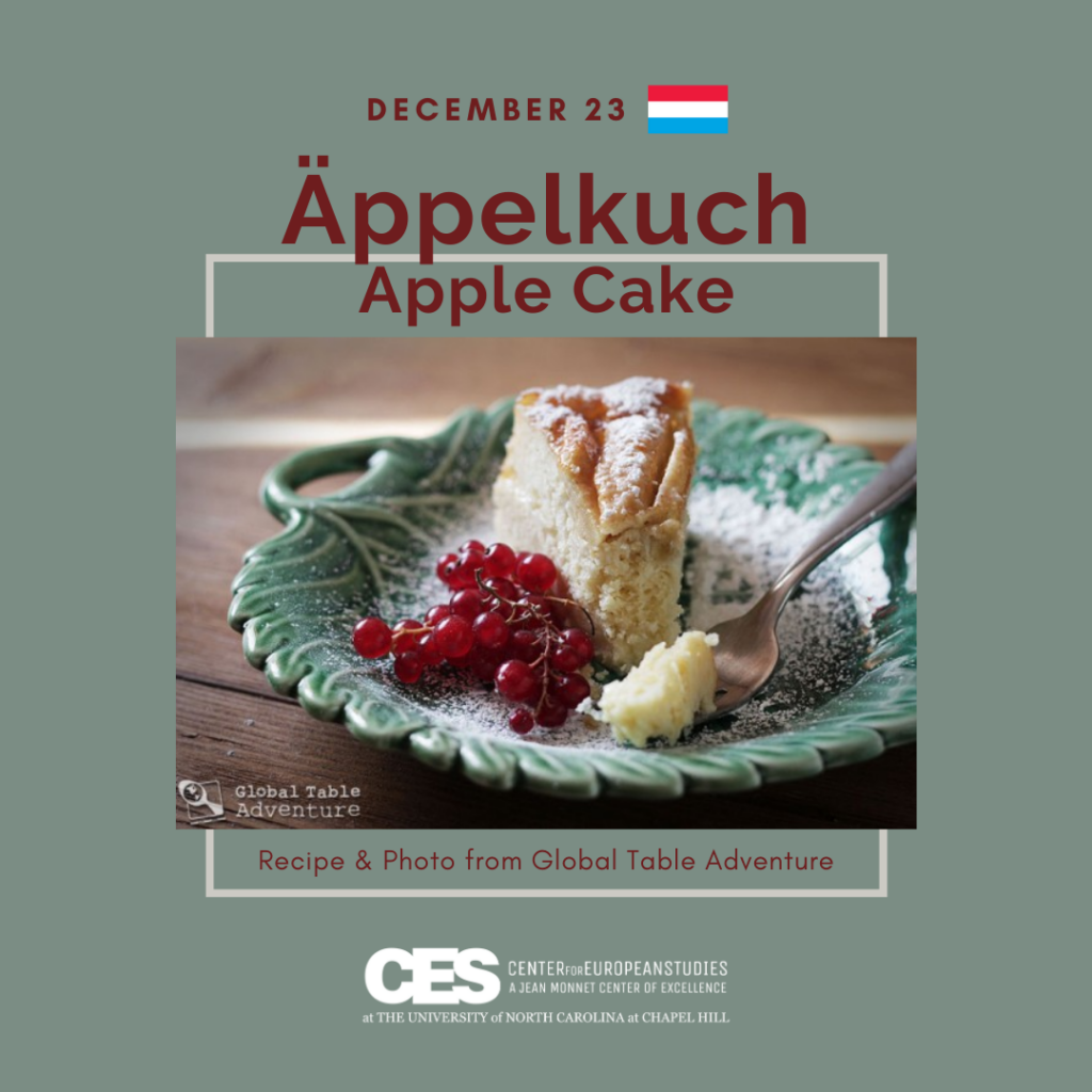 Tile with picture of apple cake